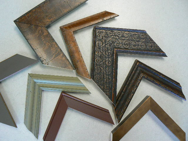 Lynnes Custom Framing Services